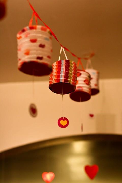 pippa-wait-valentine-lanterns
